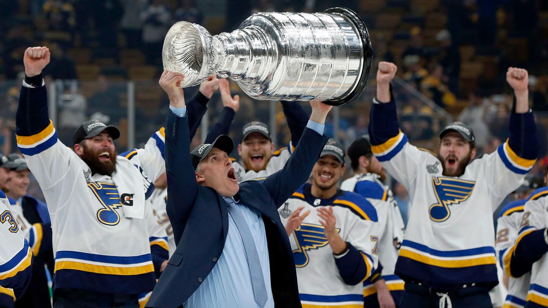 Игрок из США выиграл мегаставку на НХЛ