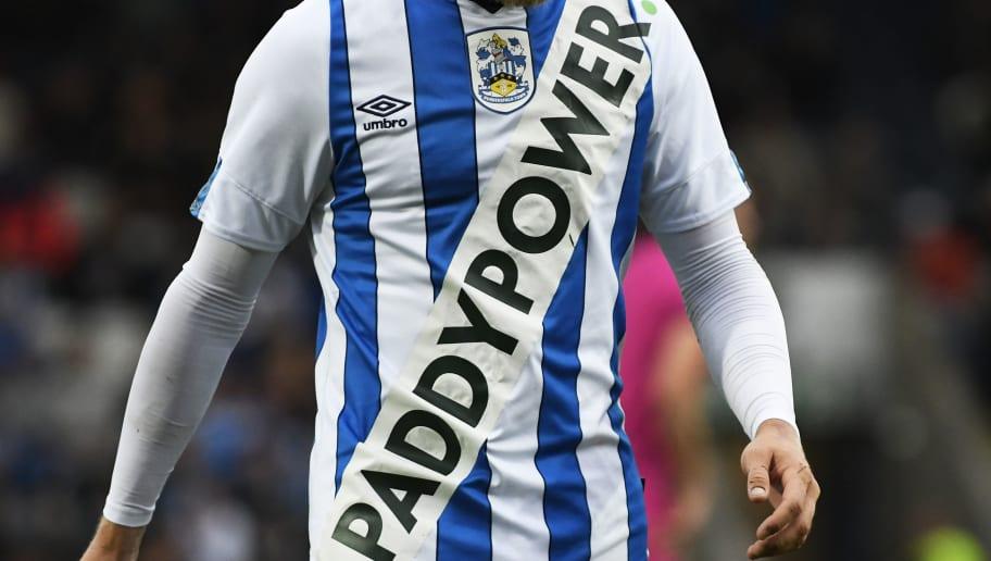 Лого БК Paddy Power на футболка «Хаддерсфилда» - часть акции. Скандальный букмекер борется со спонсорами