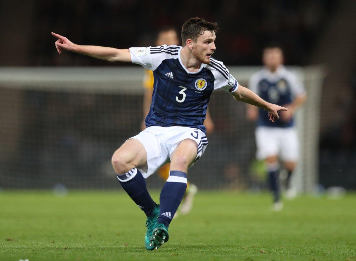 Мактомини, Фрэйзер и Робертсон вызваны в сборную Шотландии на матч отбора Евро-2020 с Россией