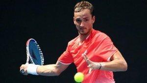 MkCenzie McDonald Daniil Medvedev 2019 Barcelona ATP