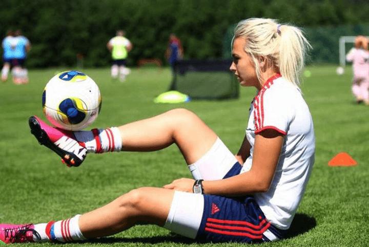 В женском футболе растет количество договорных матчей