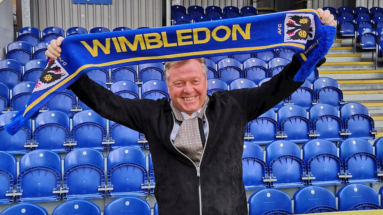 Из-за ставок на спорт в Англии отстранили от работы тренера «Уимблдона»