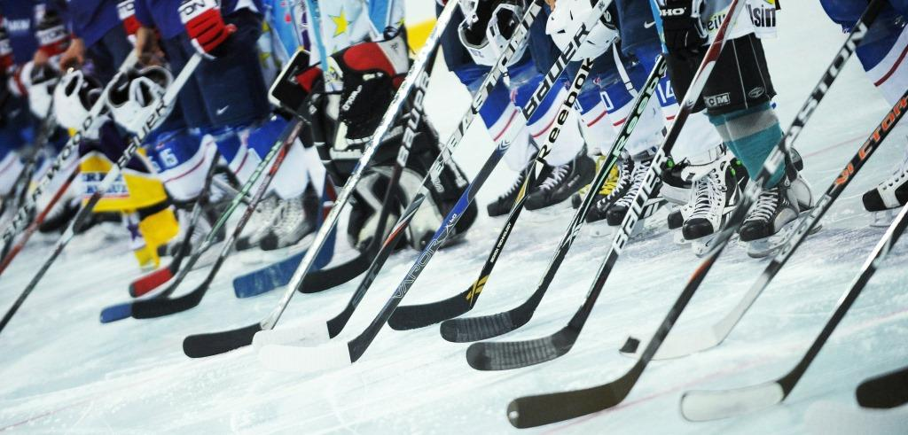 Правила игры в хоккей с шайбой на льду