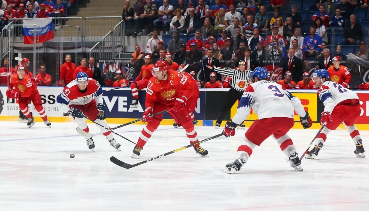 Ставки на тотал в хоккее - что это такое и как ставить?