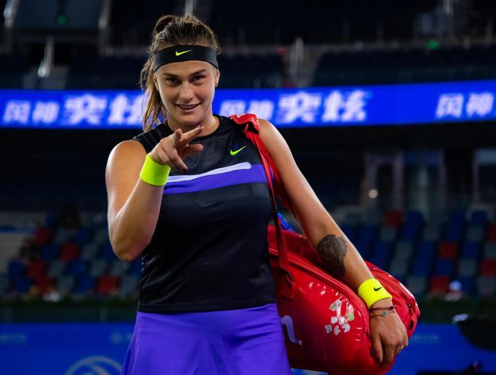 Каролина Мухова – Арина Соболенко. Прогноз и ставки на теннис. 26 октября 2019 года