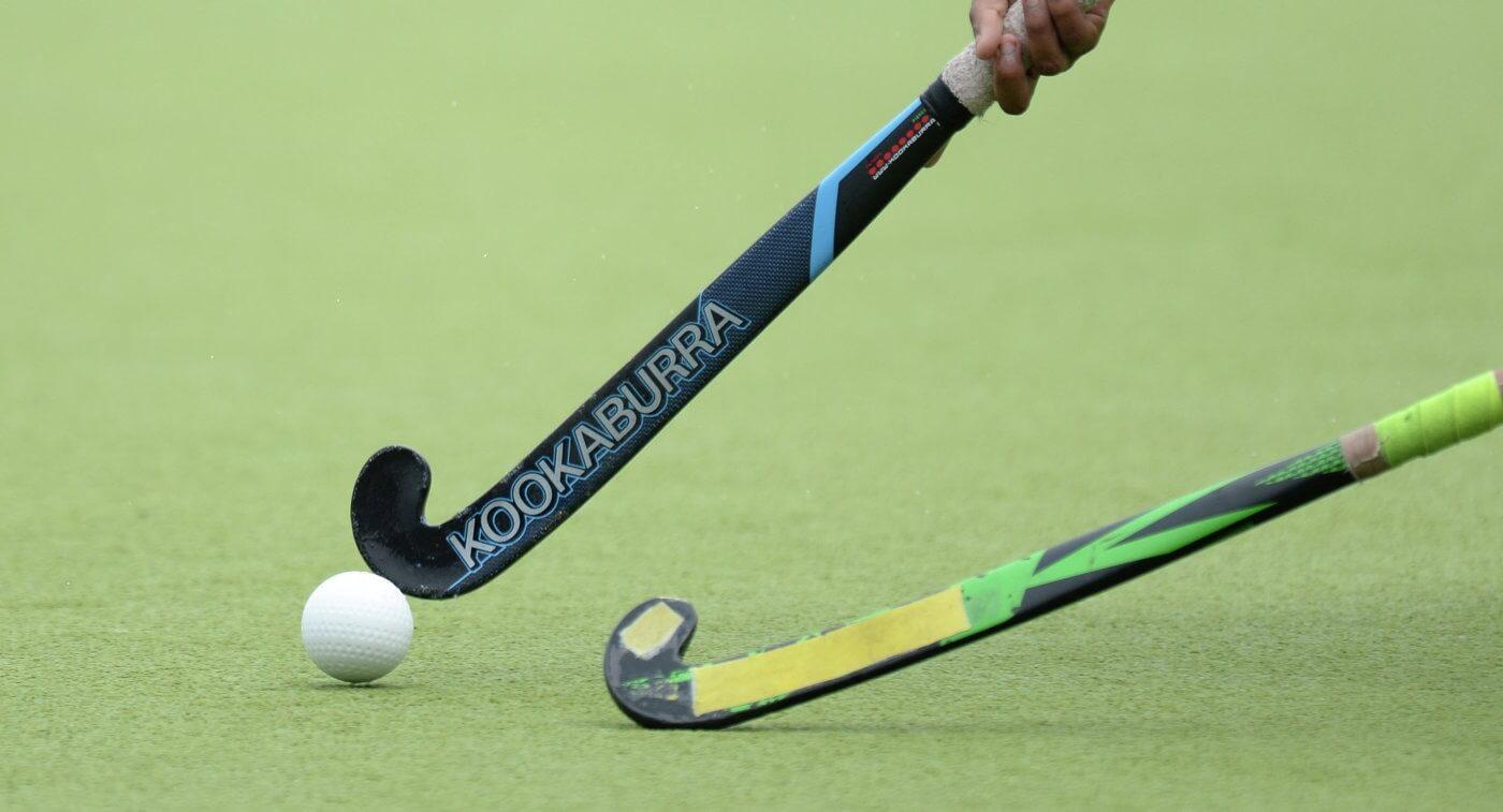 klyushki hockey na trave s myachem