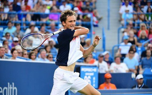 Даниил Медведев – Вашек Поспишил. Прогноз и ставки на теннис. 10 октября 2019 года