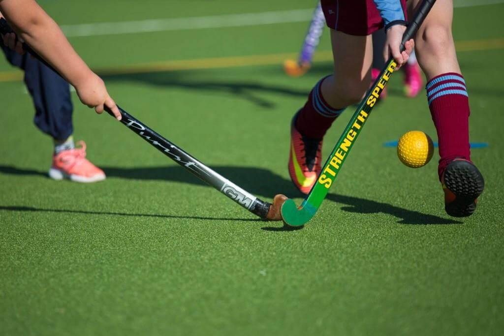 Правила игры в хоккей на траве с мячом