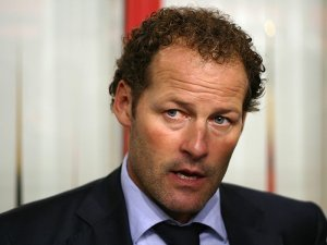 Danny Blind looking up
