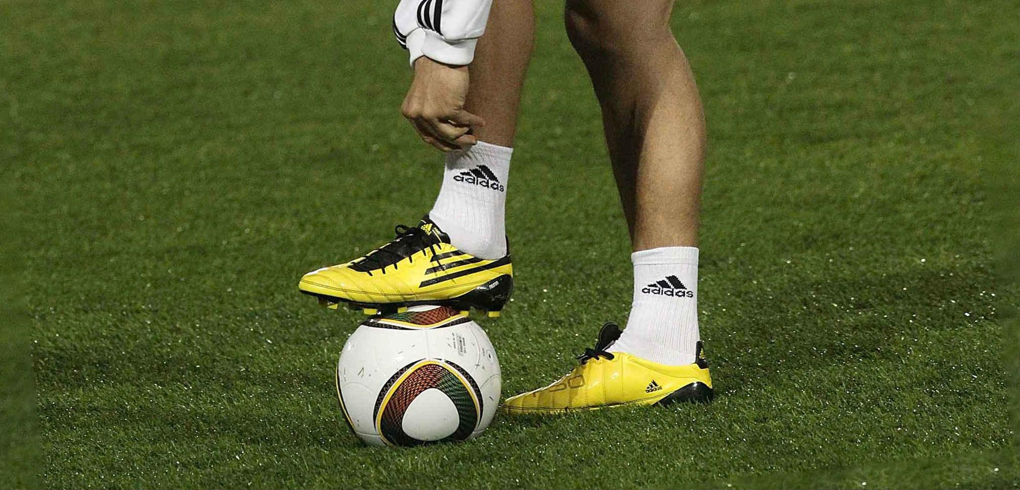 Stavki na ogranichennyj total v futbole