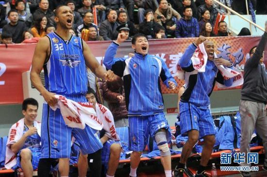 Синьцзян Тайгерс - Шаньси Чжунюй