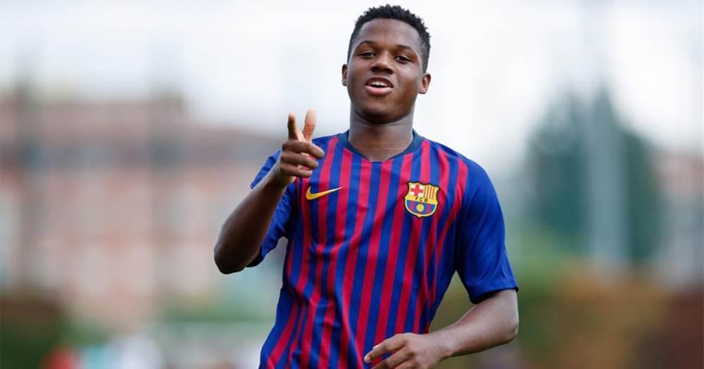 Neveroyatnyj gol Fati na trenirovke Barselony