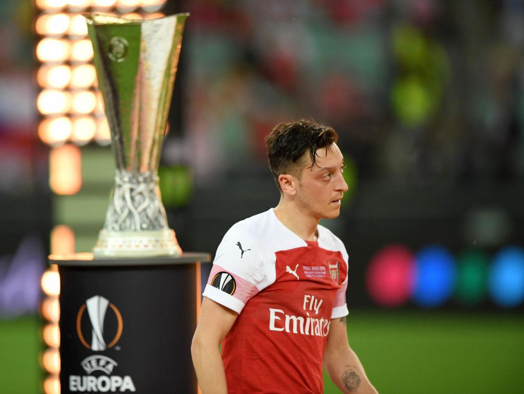 Mesut Ozil ne nuzhen Arsenalu Gde nemets prodolzhit kareru