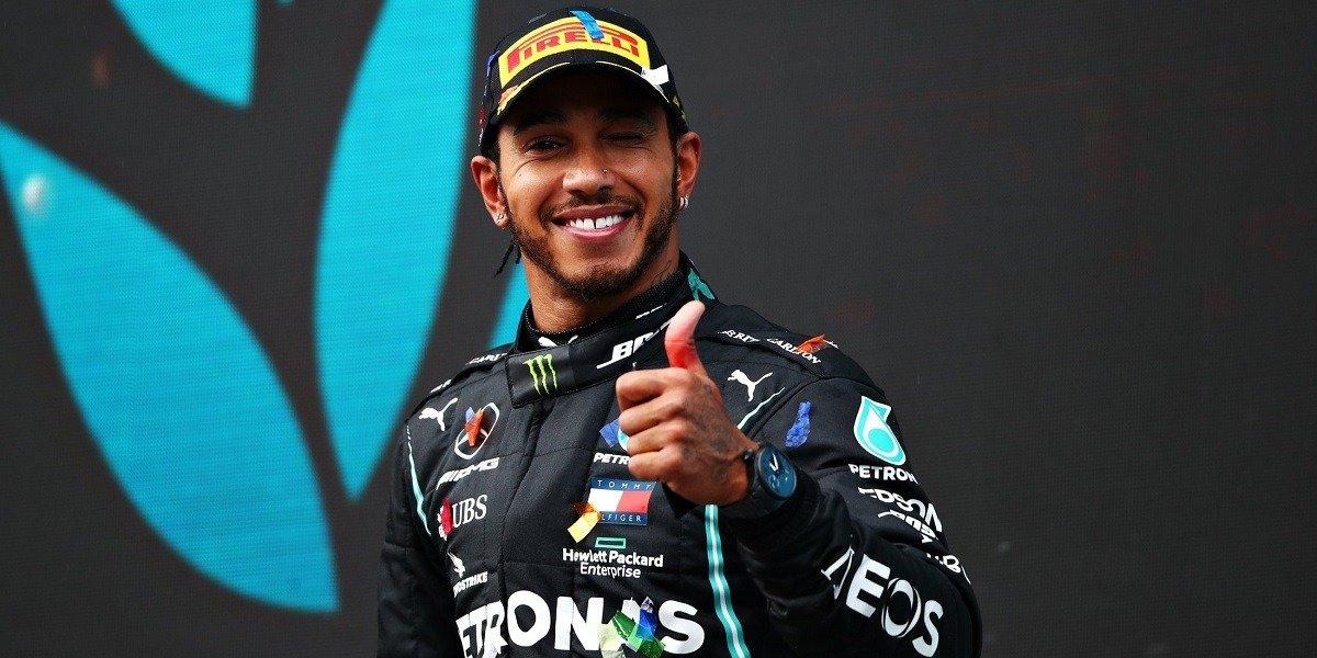 Формула-1. Льюис Хэмилтон продлил контракт с «Мерседесом»