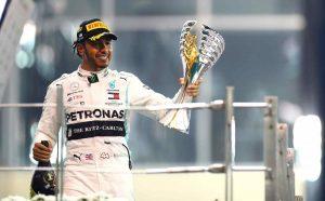 Hemilton i Mersedes zaklyuchili novyj kontrakt zhdem ocherednyh pobed v Formule 1