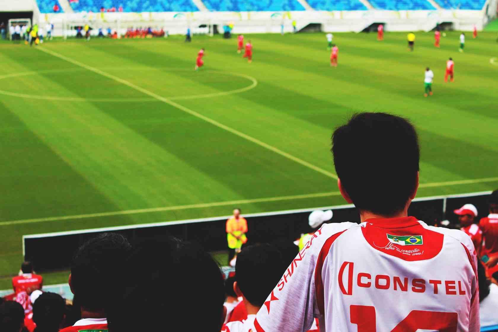 Neobychnye biznesy zvyozd futbola Levandovski Pike Inesta Agger