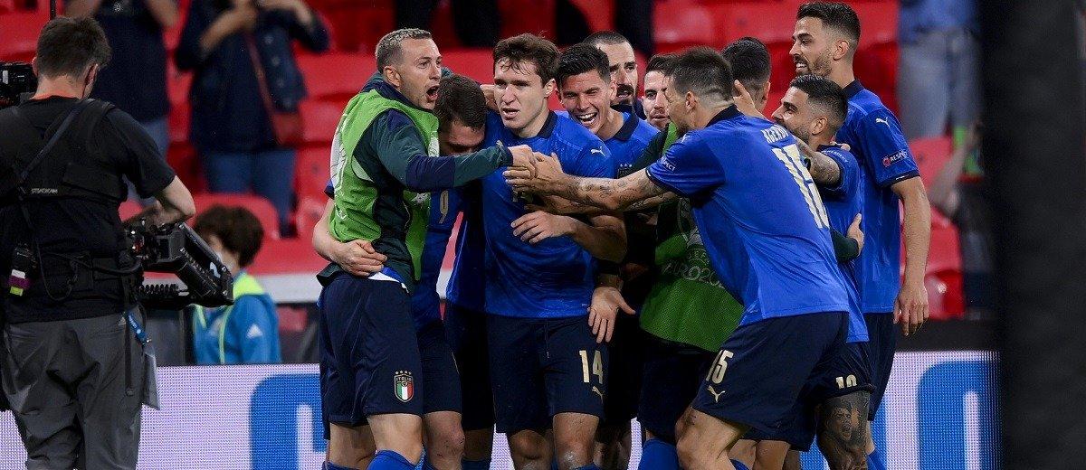 Какие призовые обеспечила себе сборная Италия и её футболисты благодаря выходу в финал Евро-2020