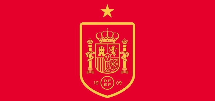 Ещё один футболист испанцев подхватил коронавирус, Луис Энрике вызвал на сборы 11 новых игроков