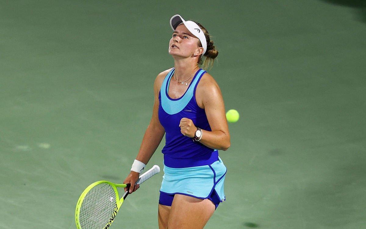 Катерина Синякова - Барбора Крейчикова. Прогноз и ставки на теннис. 16 июля 2021 года