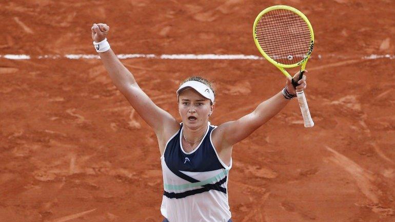 Анастасия Севастова - Барбора Крейчикова. Прогноз и ставки на теннис. 3 июля 2021 года