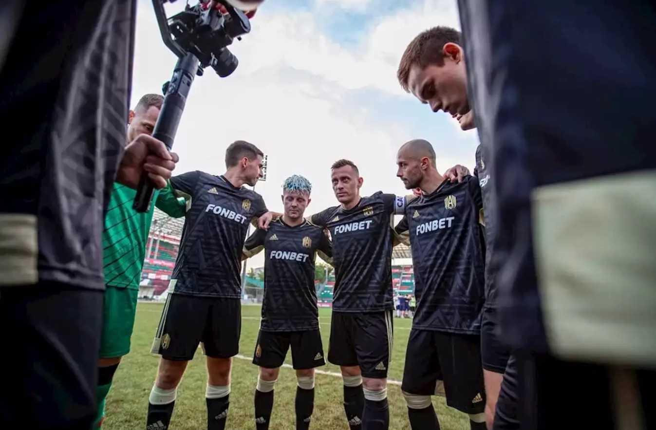 Kak bukmekery sponsiruyut blogerskie futbolnye kluby